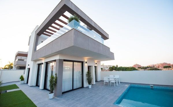 OBRA NUEVA!! Hermosa Villa ALBA SALINA, en Los Montesinos.