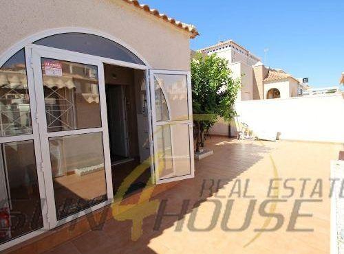 Casa / Chalet pareado en venta en Av. de la Mancha, 202, Torrevieja