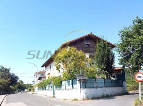 Casa de pueblo en venta en barrio larra, 7, Amorebieta-Echano
