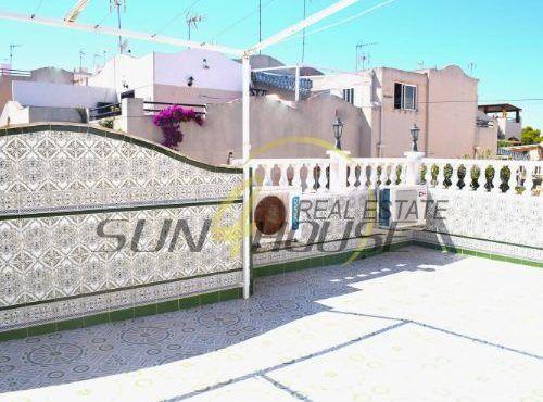 Casa / Chalet pareado en venta en Urbanización Lago Jardín 2 M7 Sec D, 93, Torrevieja